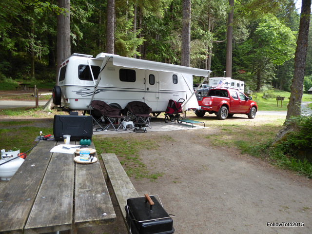 Toto and TinMan at Bowman Bay campsite